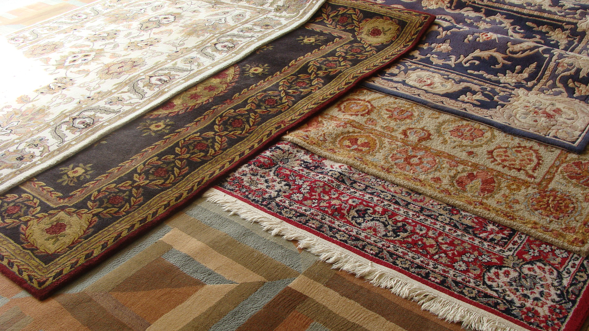 Allred's Performance Plus - Oriental, Wool, and Silk Rug Cleaning